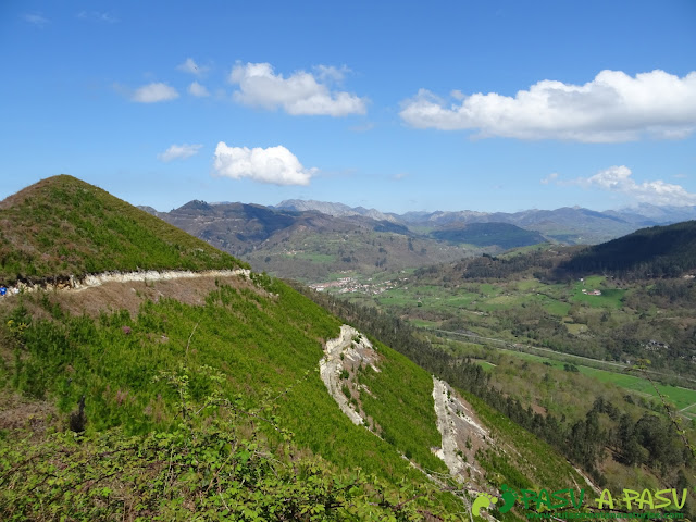 Bajando a Dego desde el Pico Cogolla