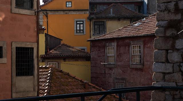 Fachadas rojizas en Oporto
