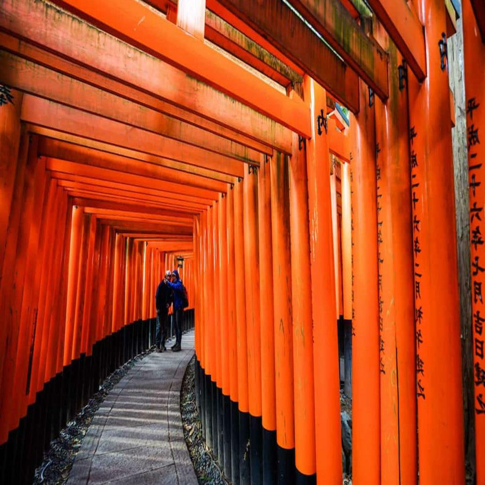 idei-dlya-postov-v-trevel-bloge-fushimi-inari-shrine