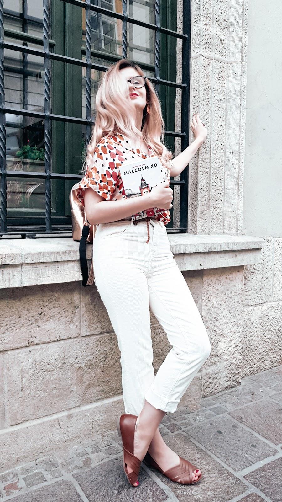 Koszula w kolorowe kropki