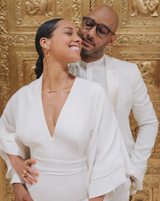Alicia Keys and Swizz Beatz loved up photos