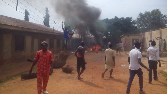 Thugs reportedly set fire to Shiites mosque in Kaduna