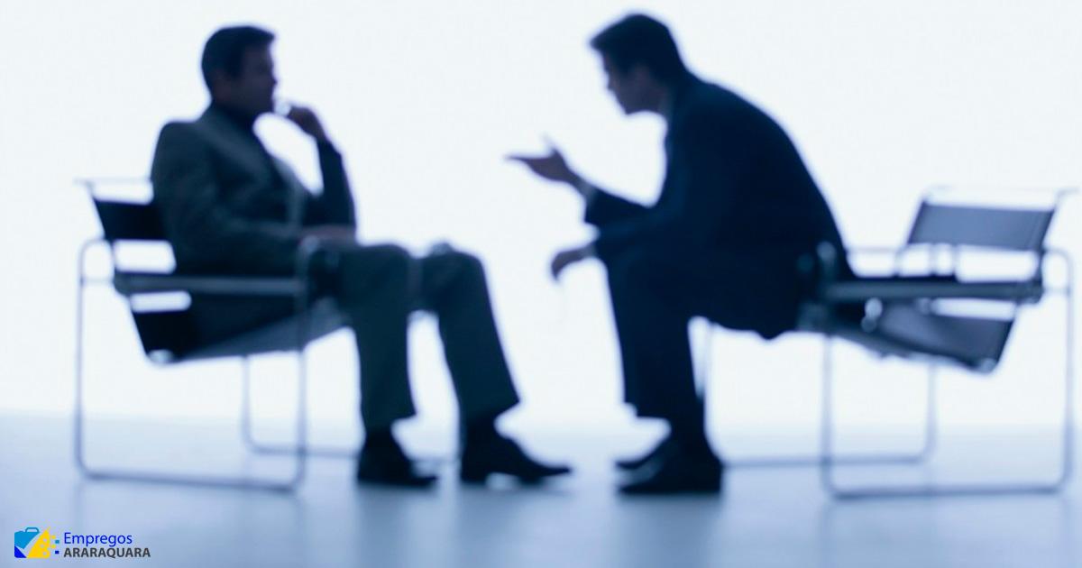 Coaching é crime? Entenda o que está por trás desse debate