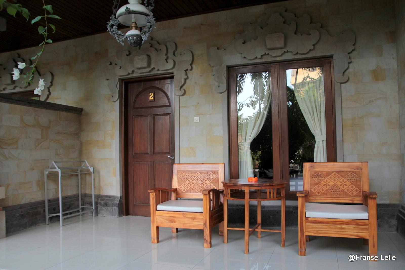 Franse lelie paradijsje rondom ons guesthouse - Kamer heeft een mager ...