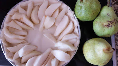 Simple and easy pear pie recipe