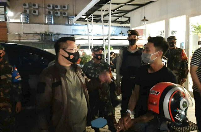 Duh, pemilik cafe di Mataram dapat teguran Polisi