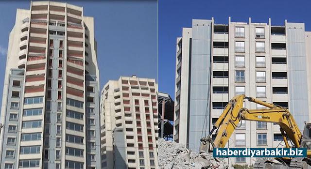 DİYARBAKIR-Diyarbakır'ın merkez Kayapınar ilçesinde 13 yıldır kentin her noktasından görülen ikiz kulelerin uçuşlar için risk taşıdığı gerekçesiyle 10 katı tıraşlandı.