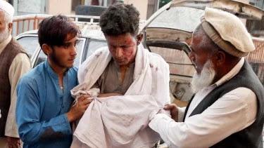 Masjid di Afghanistan Dibom Saat Salat Jumat, Puluhan Orang Tewas