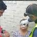 Asaltan y dan botellazo a anciana, en mercado de Veracruz puerto; detuvieron al agresor