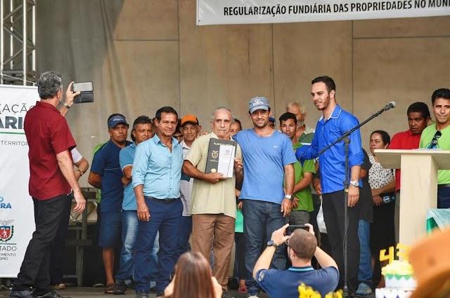 Agricultores de Guaraqueçaba recebem documento para regularizar áreas