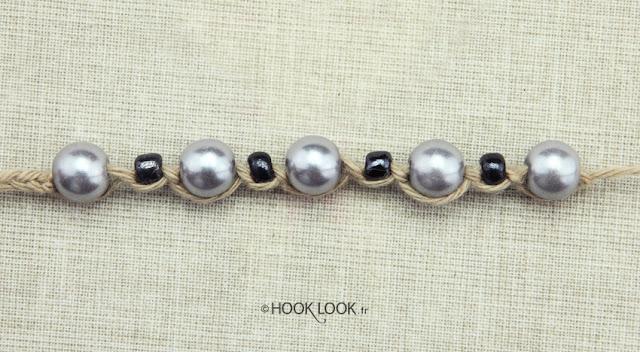 insérer des perles dans une chaînette