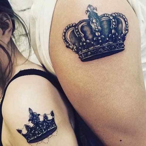 Büyük omuz sevgili dövmeleri çeşitleri