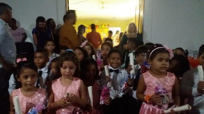 Escola João Batista realizou Formatura das crianças do Pré II