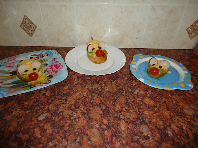 Jacket Potato Mice - a bit of family fun at Dinner!