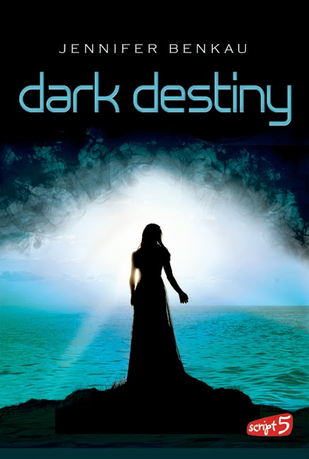 http://lielan-reads.blogspot.de/2013/03/rezension-jennifer-benkau-dark-destiny.html