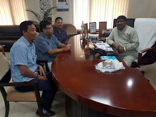 Binoy Tamang, Roshan Giri, Anit Thapa with minister Jual Oram