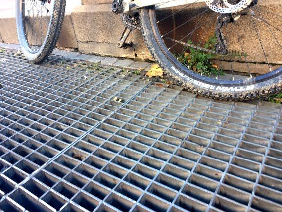 rejilla metro muy deslizante para bici y moto