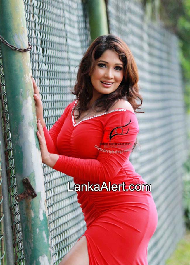MILF actress SL [Archive] - ElaKiri Community
