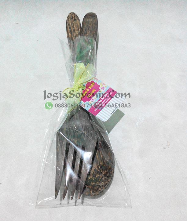 Souvenir sendok garpu kayu di jogja surabaya jakarta malang