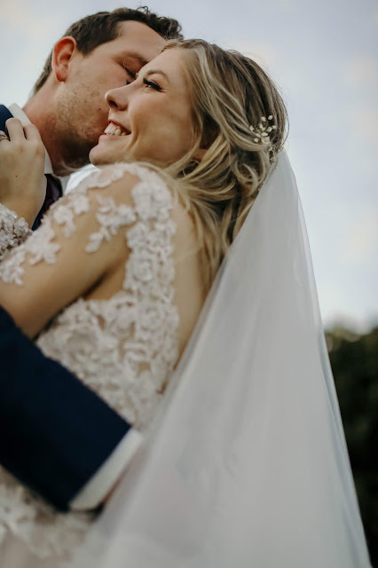 bride and groom in fort myers