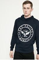 tricouri-si-bluze-de-firma-barbati-11