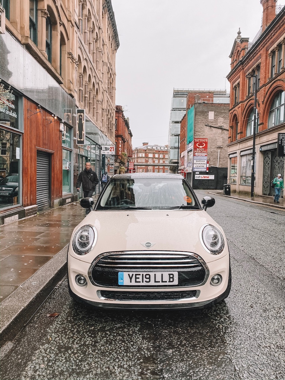 Amanda Martin of Amanda's OK Blog shares recommendations on car rentals in Manchester, UK