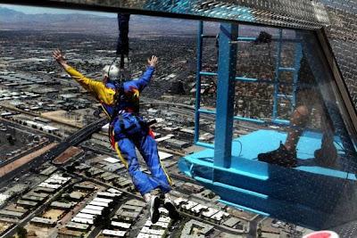 Sky Jump - brinquedos radicais do Estratosfera