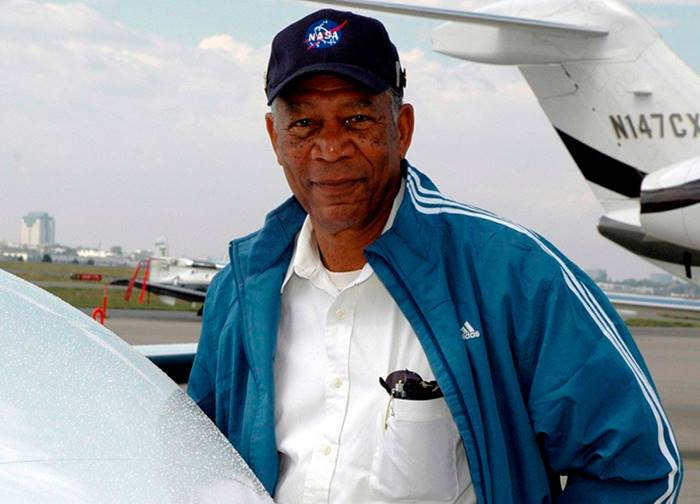 Celebrity Pilots Who Can Fly Airplanes