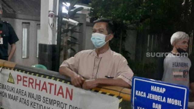 Munarman Ditangkap, Lurah Terkejut: Mudah Bergaul, Selalu Sholat Berjamaah