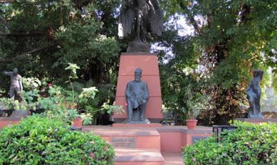 Jamsetji Tata Biography In Hindi