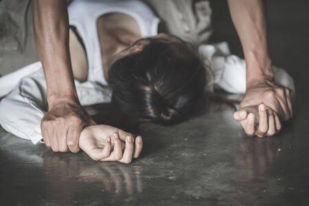 युवतीवर बलात्कार; गोरेगाव पोलीस ठाण्यात गुन्हा दाखल