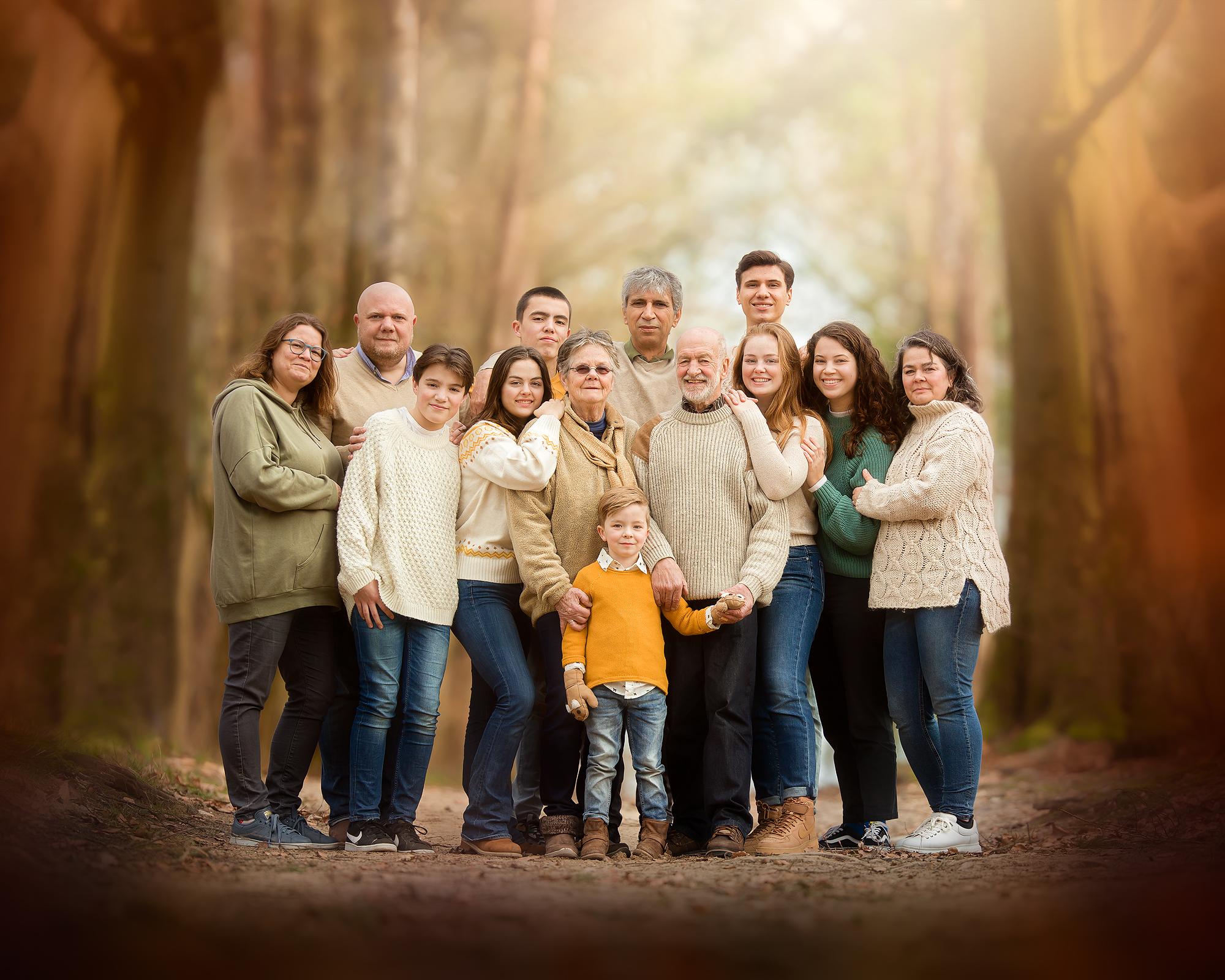 Familieportret door natuurlijk licht fotografie en workshop Willie Kers uit Apeldoorn