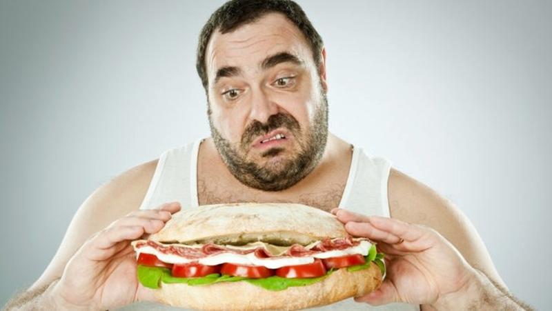 Aşırı yemek, obezitede neden değil semptom olabilir
