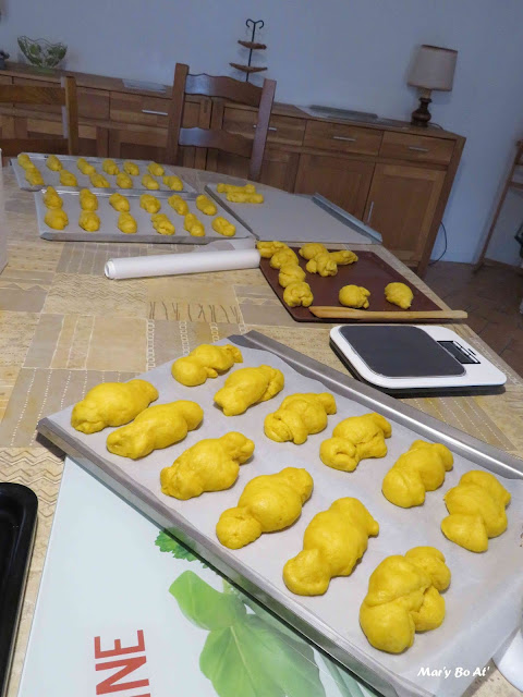 été de la Saint-Martin Préparation des pâtisseries traditionnelles