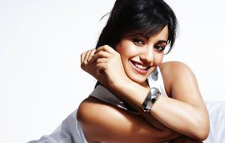 Cute smile neha sharma actress