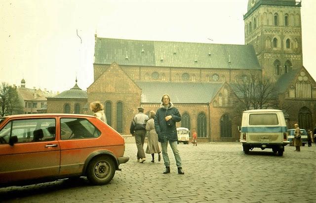 1991 год. Рига. На Домской площади