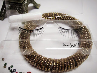 how-to-use-kay-collection-lash-blast-26mm-fake-eyelashes.jpg