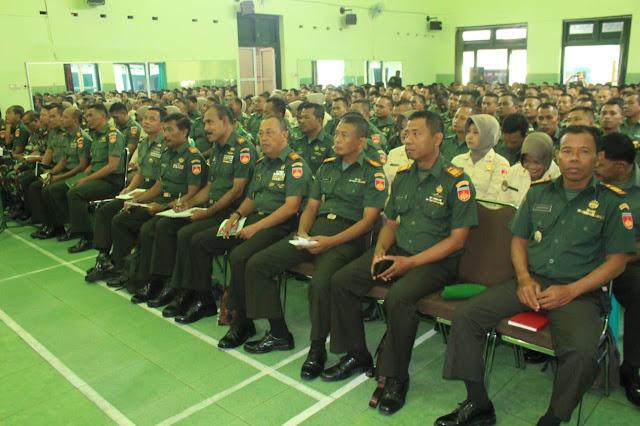 Letkol Kav Minarso Berikan Arahan Kepada Prajurit Kodim Klaten