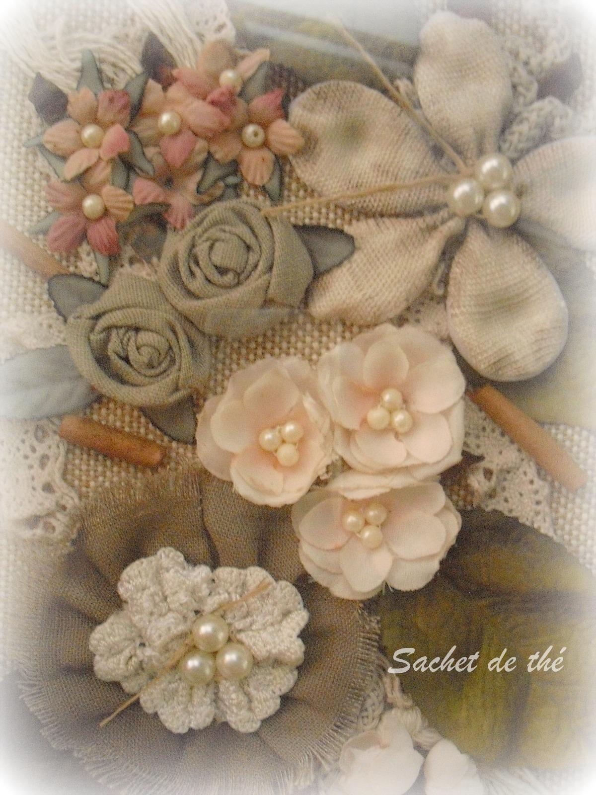 sachet de the collage con flores de tela. Black Bedroom Furniture Sets. Home Design Ideas