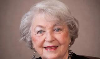 """Notícias - Idosa de 93 anos vence Covid-19 após ficar em oração no leito do hospital: """"Deus me curou"""""""