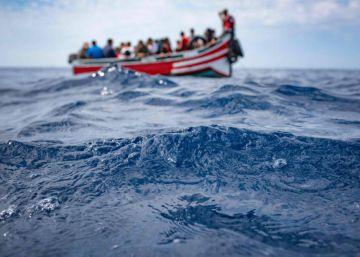 Localizada en las costas del Sáhara Occidental la patera que se hundía con 34 personas a bordo