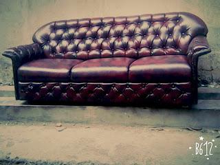 service sofa bandung
