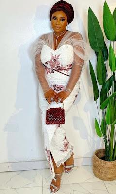 Native styles fom Adebola and Kehinde Wedding