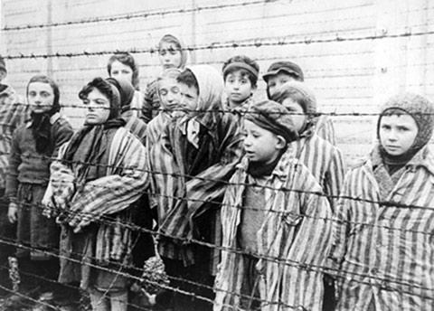 Thí Nghiệm ác độc Trên Các Cặp Sinh Đôi của Đức Quốc Xã