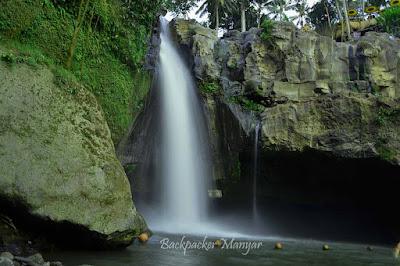 Derasnya Air Terjun Tegenungan dari dekat - Backpacker Manyar
