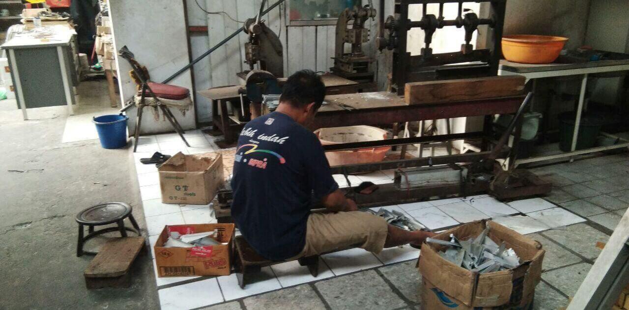 Produsen Jual Tangga Model A Aluminium murah Sidoarjo Surabaya 1, 2 dan 3 meter
