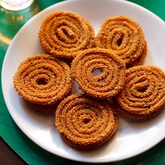 Chakli Recipe | Chakli Recipe in Hindi | Crispy Chakli Recipe
