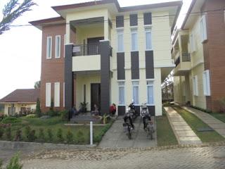 Villa Sikas 2 Lembang Fasilitas Billiard Dan Karaoke