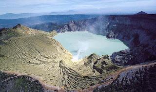 Jalur Pendakian Gunung di Jawa Timur Untuk Pemula