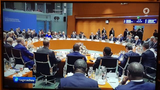 https://www.bild.de/politik/ausland/politik-ausland/berlin-gipfel-bei-merkel-mit-putin-und-erdogan-zum-libyen-krieg-waffenruhe-verei-67431954.bild.html